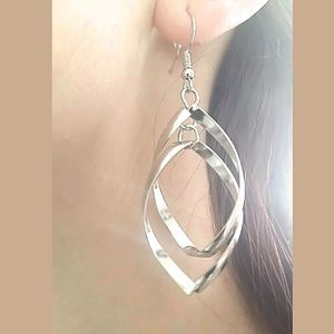 Jewelry - NWT Double Layered Earrings